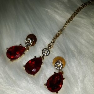 EUC Ruby Red & Rhinestone Necklace & Earrings